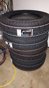 NEW Yokohama winter tires 225/65/17