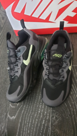 Nike Air max 270 Uk size 12.5 kids New with Box