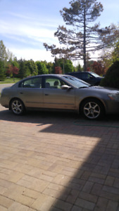 Nissan Altima first sale. Asis
