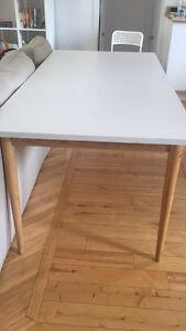 Table de cuisine - salle à manger