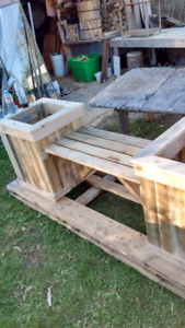 Bench with sidr boxes