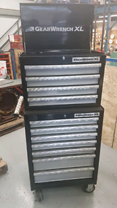 GEAR WRENCH XL TOOL BOX 26' 11 DRAWERS