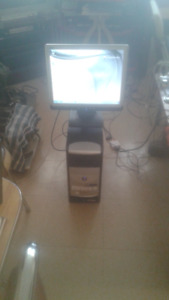 """COMPLETE EMACHINES DESK TOP 17""""SCREEN WIRED MOUSE + KEY BOARD"""