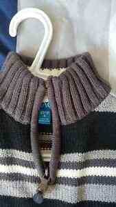 Boys Heavy Sweater Size 4/5 Kitchener / Waterloo Kitchener Area image 3
