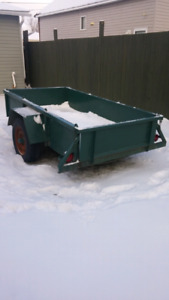 4x8 eavy duty trailer. Front and back tail gate opens price is o