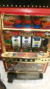 antique slot machines kijiji free classifieds in. Black Bedroom Furniture Sets. Home Design Ideas