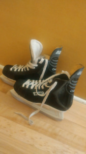 Size 7 Bauer Charger skates