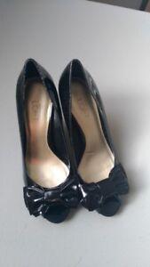 New Ann Taylor Loft Patent Leather Bow Tie Peep Toe Heels-Black