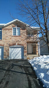 One of a kind end unit town home in orleans