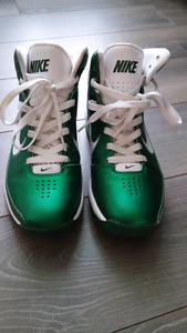 NIKE Rubber Shoes size 7