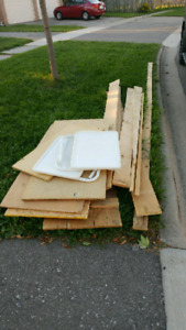 Curb Alert! FREE scrap wood and tray tables