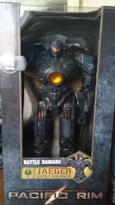 Pacific Rim Gipsy Danger 16 inch statue - NEW / sealed
