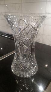 Grand vase à fleurs en verre taillé à motif Pinwheel