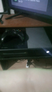 XBoX ONe and controller and games