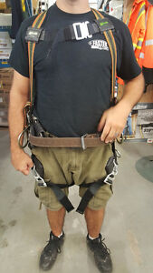 Miller DuraFlex Ultra Padded Safety Harness 310 lb Rated