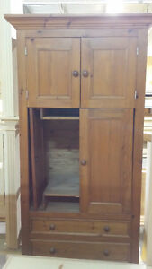 Armoire en pin Camlen solid wood cabinet