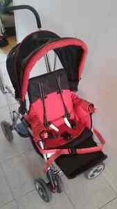 Poussette double stroller Joovy Caboose made in USA Etats-Unis
