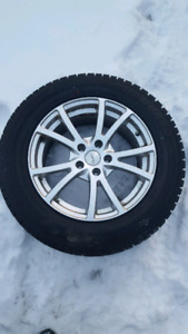 Winter tires and mags - pneus d'hiver et mags 225 65 17
