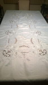 Handmade Stiched Table Cloth with 12 Napkins Kawartha Lakes Peterborough Area image 1