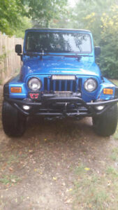 2003 Jeep TJ Sport Coupe (2 door)