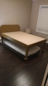Customuzed real solid wood bed for sale