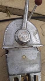 Twin Morse controls