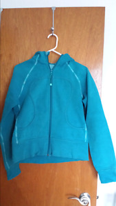 Lululemon Scuba sweater
