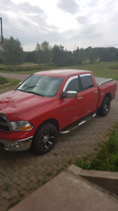 2012 dodge ram forsale or trade for SUV of equal value