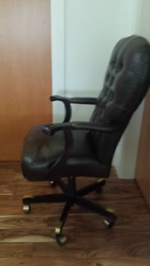 Stanley Furniture Executive Office Chair