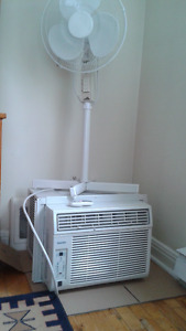 DANBY AIR CONDITIONER WITH REMOTE