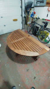 48-Inch Round Outdoor Folding Table_Eucalyptus wood