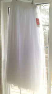 Never Worn White Long Tulle Skirt!!