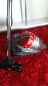 Bissell Clean View ll Bagless Canister Vacuum