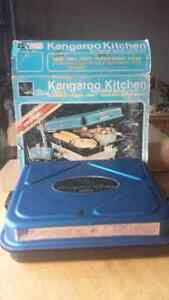 KANGAROO KITCHEN / AS NEW