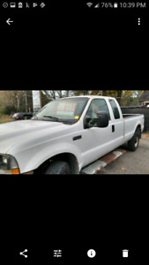 2003 Ford F-250 4x4 low kms