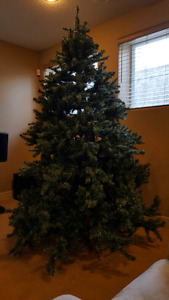 7.5ft Artificial Christmas Tree