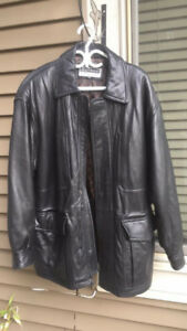 Leather jacket men's brown in excellent condition size 40