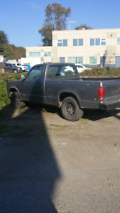 Chevy S10 Pick Up Truck 216k 5 speed manual trans. New Battery