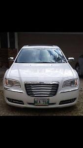 2014 Chrysler 300-Series Sedan