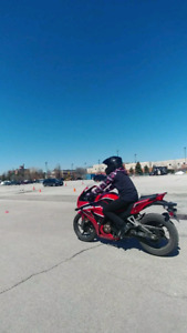 Motorcycle riding lessons / instructor