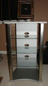 SILVER/CHROME MEDIA UNIT WITH 3 GLASS SHELVES