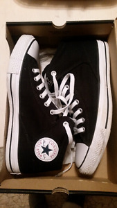 Converse All Star Sneakers - Unisex - Men's Size 10
