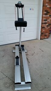 Precor 515e Cross Country Skier