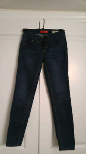 Ladies Guess Jeans - Size 24