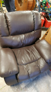 Reclining chair ....free