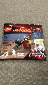 Lego Guardians of the Galaxy Rocket Raccoon w/ Baby Groot