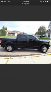 2010 Ford F 150 XLT LOW KMS!