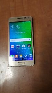 Bell Samsung Alpha, Gold 32gb, Excellent Condition