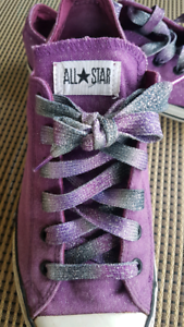 04807e0ff451 Purple Glitter Converse All Stars Low Tops Youth Size 6 fits Wome ...