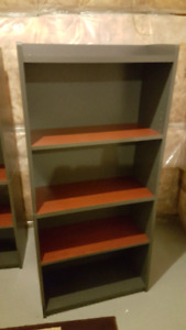 2 book shelves for 40$